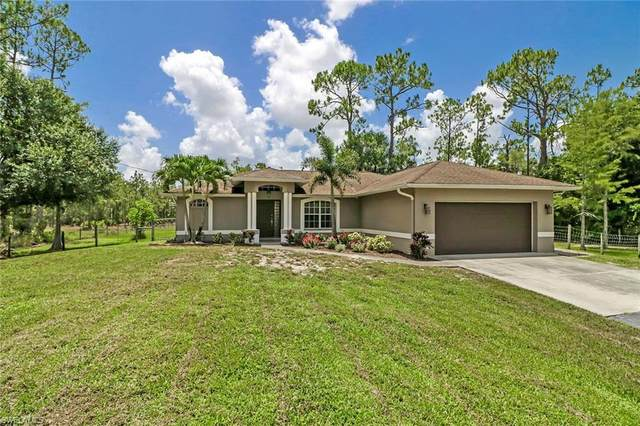 2630 50th Ave NE, Naples, FL 34120 (MLS #220041391) :: Dalton Wade Real Estate Group