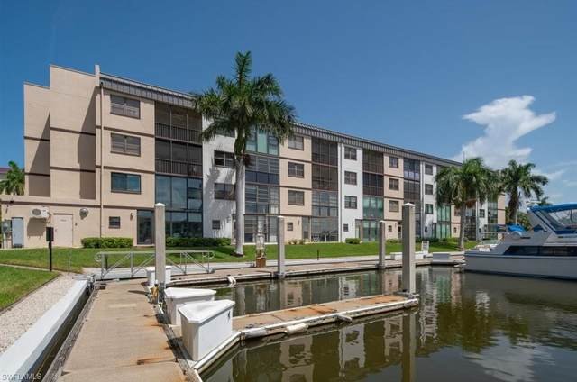 801 River Point Dr 305A, Naples, FL 34102 (MLS #220041888) :: Avant Garde