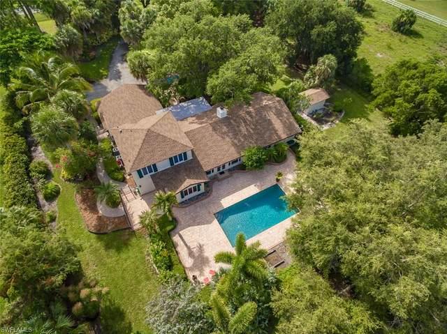 3201 70th St SW, Naples, FL 34105 (#220042567) :: Southwest Florida R.E. Group Inc