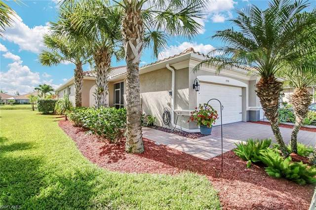 14748 Cranberry Ct, Naples, FL 34114 (#220043112) :: The Dellatorè Real Estate Group