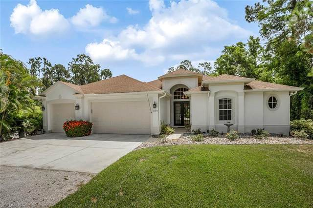 1158 Oakes Blvd, Naples, FL 34119 (#220043357) :: Southwest Florida R.E. Group Inc