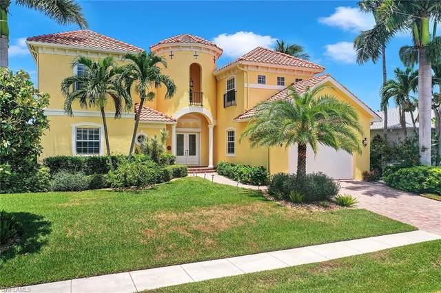36 Algonquin Ct, Marco Island, FL 34145 (#220044384) :: The Dellatorè Real Estate Group