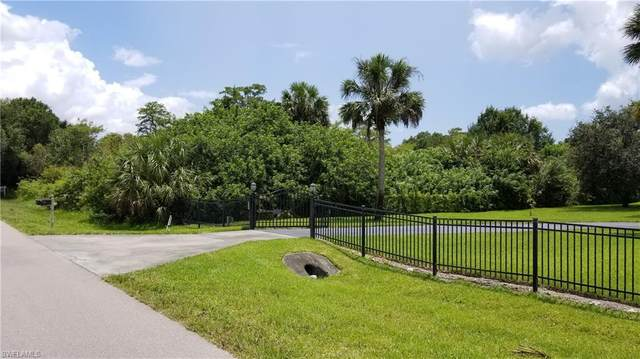 261 2nd St NE, Naples, FL 34120 (MLS #220045340) :: Clausen Properties, Inc.
