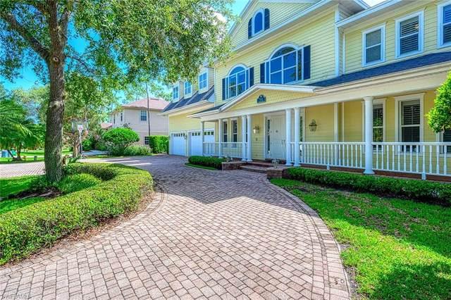 514 Corbel Dr, Naples, FL 34110 (#220048035) :: The Dellatorè Real Estate Group