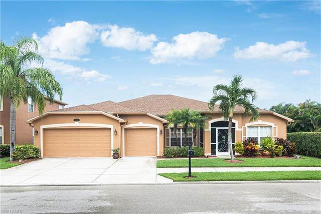 332 Spider Lily Ln, Naples, FL 34119 (MLS #220048042) :: The Naples Beach And Homes Team/MVP Realty