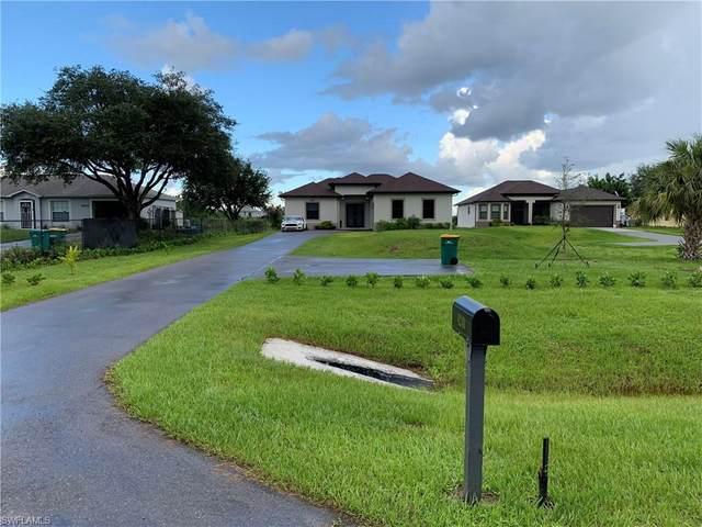 4240 40th St NE, Naples, FL 34120 (MLS #220048563) :: Clausen Properties, Inc.