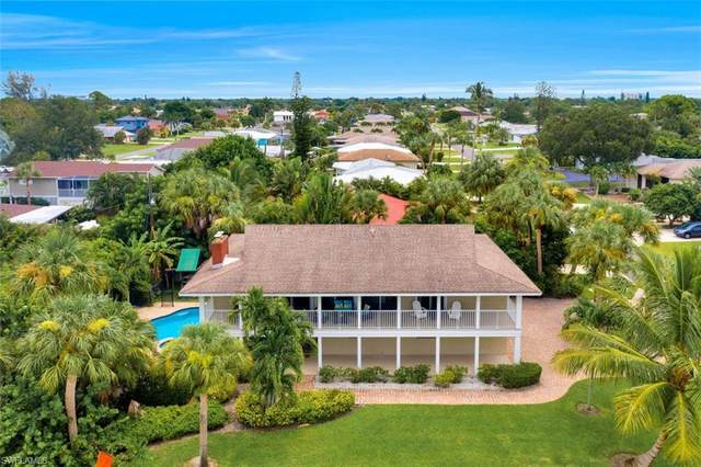 9500 Vanderbilt Dr, Naples, FL 34108 (MLS #220049014) :: Palm Paradise Real Estate