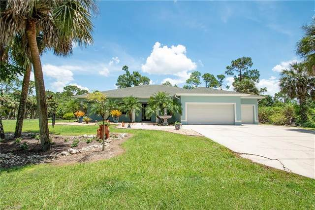 570 6th St SE, Naples, FL 34117 (MLS #220049593) :: RE/MAX Realty Group