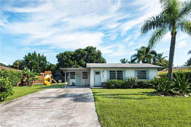 1103 Trail Terrace Dr, Naples, FL 34103 (MLS #220049800) :: Florida Homestar Team