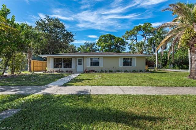 1150 22nd Ave N, Naples, FL 34103 (MLS #220049988) :: Premier Home Experts