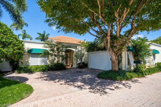 3725 Rachel Ln, Naples, FL 34103 (MLS #220050182) :: Premier Home Experts