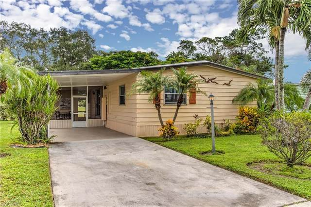 106 Calais Ct, Naples, FL 34112 (#220051449) :: Equity Realty