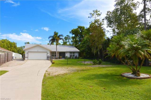 4975 Hickory Wood Dr, Naples, FL 34119 (#220052618) :: Equity Realty