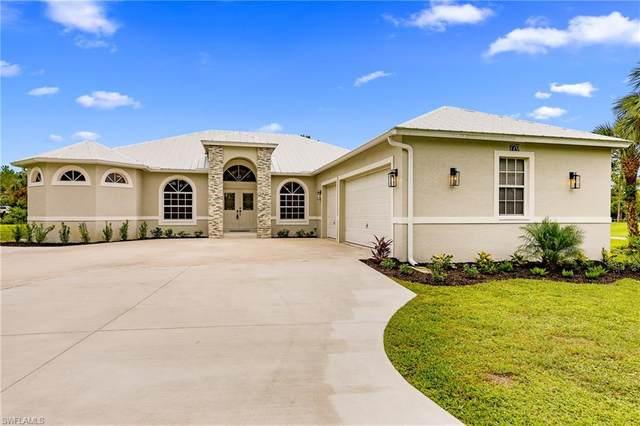 770 17th St SW, Naples, FL 34117 (#220052842) :: The Dellatorè Real Estate Group