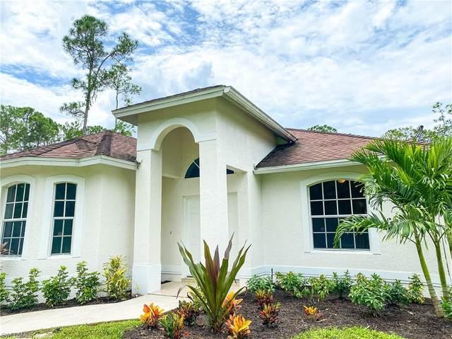 2681 Desoto Blvd S, Naples, FL 34117 (#220053655) :: The Dellatorè Real Estate Group