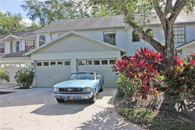 820 Meadowland Dr E, Naples, FL 34108 (#220054717) :: The Dellatorè Real Estate Group