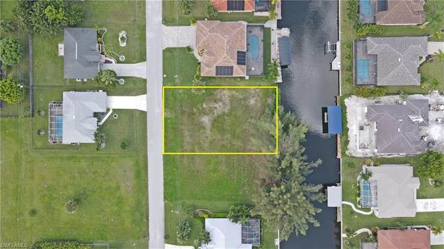 4339 SW 20th Ave, Cape Coral, FL 33914 (#220055716) :: Caine Luxury Team