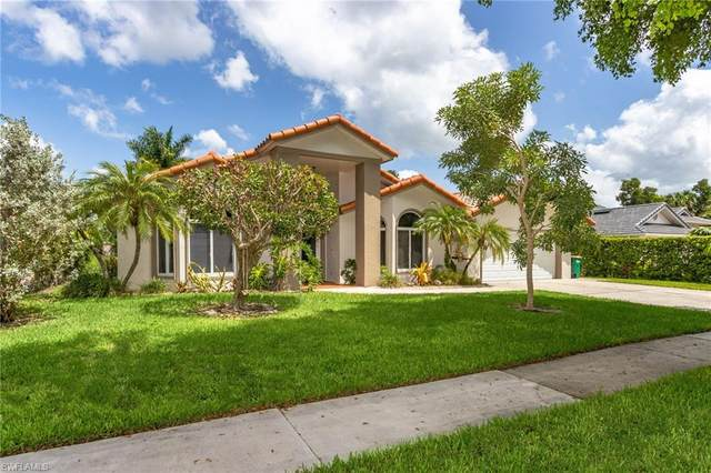 583 Roma Ct, Naples, FL 34110 (MLS #220056138) :: Clausen Properties, Inc.