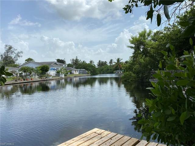 568 13th St N, Naples, FL 34102 (#220056200) :: Equity Realty