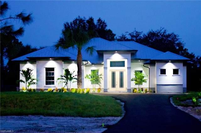 1140 47th Ave NE, Naples, FL 34120 (#220056324) :: The Dellatorè Real Estate Group