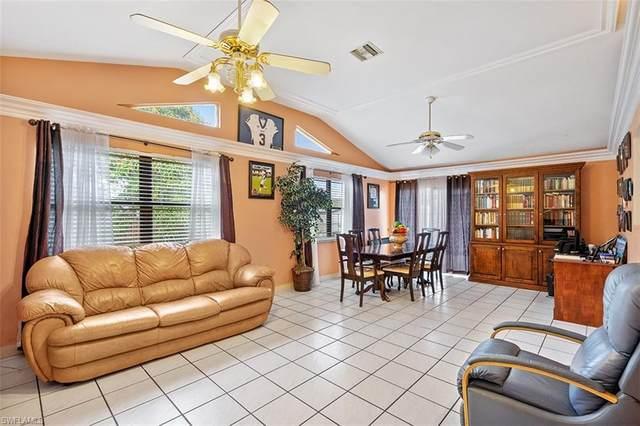 1319 Granada Blvd, Naples, FL 34116 (#220056389) :: Equity Realty