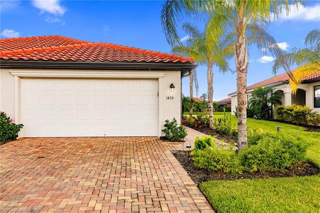 1435 Oceania Dr S, Naples, FL 34113 (#220057103) :: Equity Realty