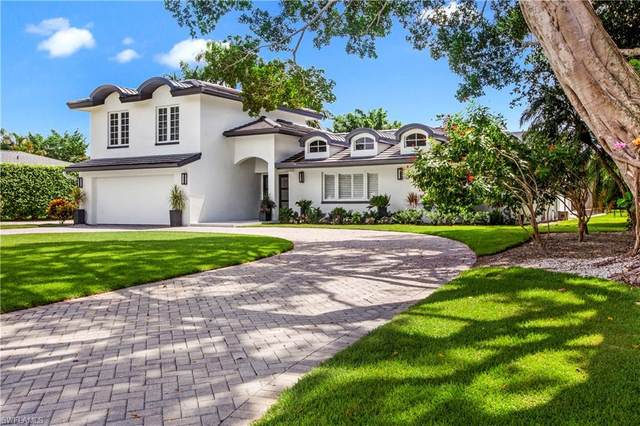 686 Anchor Rode Dr, Naples, FL 34103 (#220057109) :: Equity Realty