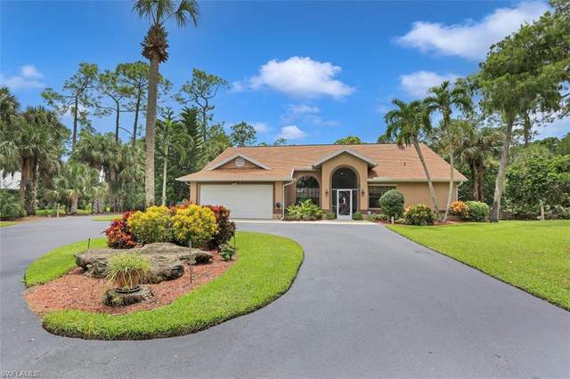 5980 Hidden Oaks Ln, Naples, FL 34119 (#220057182) :: Southwest Florida R.E. Group Inc