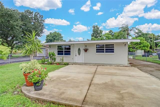 3087 Linwood Ave, Naples, FL 34112 (#220057747) :: Equity Realty