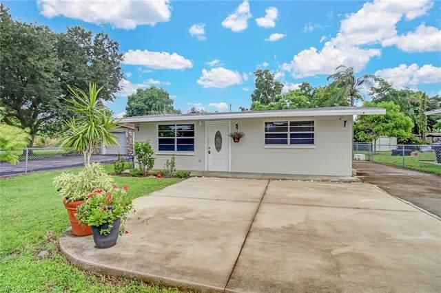 3087 Linwood Ave, Naples, FL 34112 (#220057747) :: Southwest Florida R.E. Group Inc