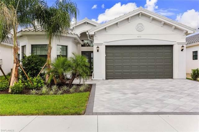 4711 Kensington Cir, Naples, FL 34119 (#220057934) :: Southwest Florida R.E. Group Inc