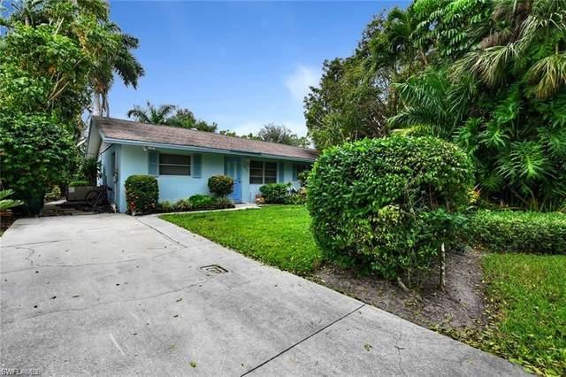 4510 Dominion Dr, Naples, FL 34112 (#220057973) :: The Dellatorè Real Estate Group