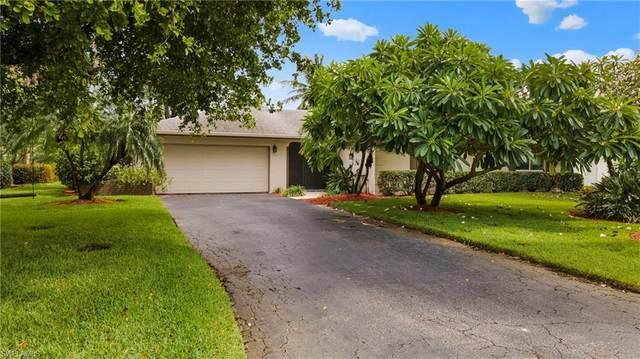 165 Forest Hills Blvd, Naples, FL 34113 (MLS #220057995) :: Eric Grainger | Engel & Volkers