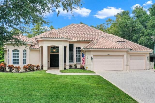 6889 Wellington Dr, Naples, FL 34109 (#220058065) :: Jason Schiering, PA