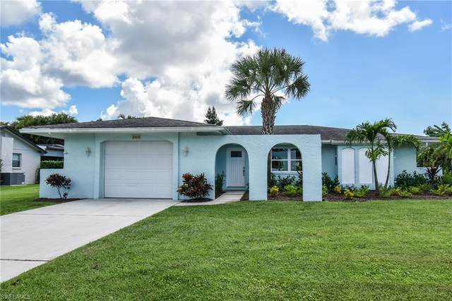 2408 Clipper Way, Naples, FL 34104 (MLS #220058465) :: NextHome Advisors