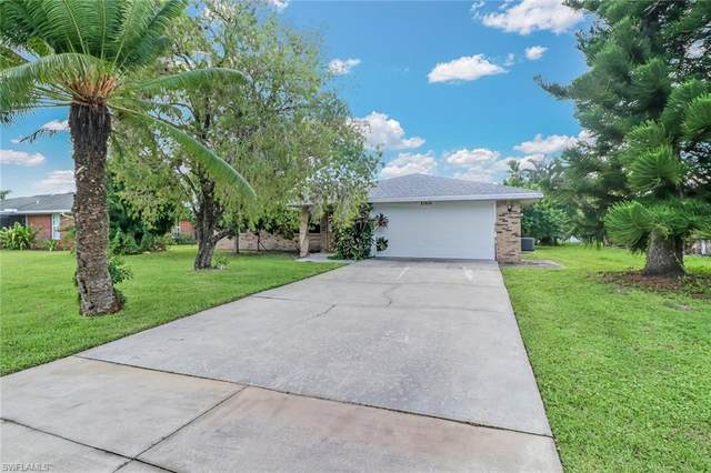27605 Garrett St, Bonita Springs, FL 34135 (MLS #220058812) :: The Naples Beach And Homes Team/MVP Realty