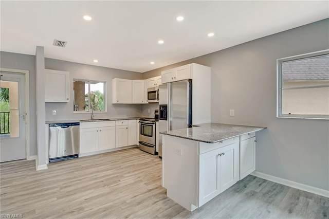 5635 Rattlesnake Hammock Rd 301D, Naples, FL 34113 (#220059046) :: The Dellatorè Real Estate Group