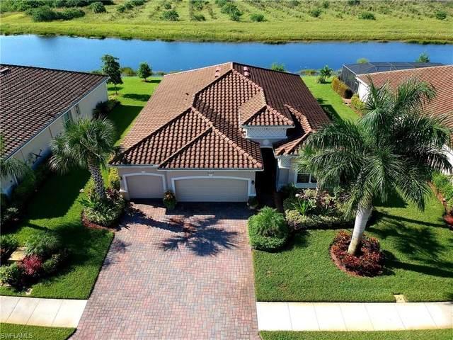 2107 Vermont Ln, Naples, FL 34120 (#220059422) :: Caine Premier Properties