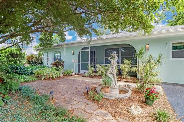 3438 Corana Way, Naples, FL 34105 (#220059527) :: Equity Realty