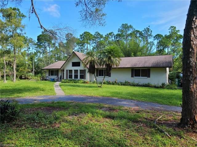 3475 3rd Ave SW, Naples, FL 34117 (#220059624) :: The Dellatorè Real Estate Group
