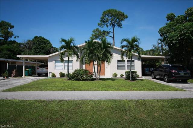 4009 Thomasson Ln, Naples, FL 34112 (#220059658) :: The Dellatorè Real Estate Group