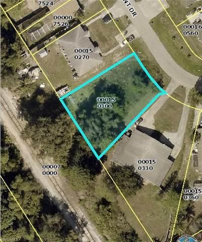 17544 Dumont Dr, Fort Myers, FL 33967 (#220059767) :: Jason Schiering, PA