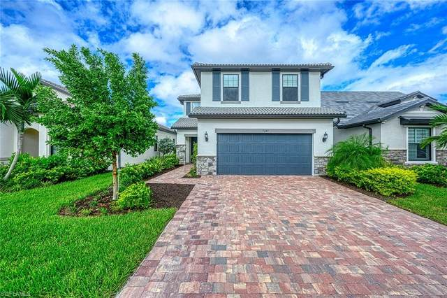 7245 Wilton Dr, Naples, FL 34109 (MLS #220059863) :: Palm Paradise Real Estate