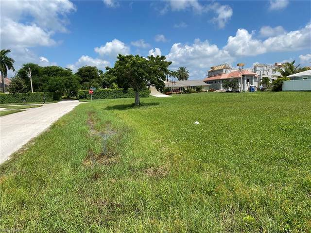 1791 Barbados Ave, Marco Island, FL 34145 (MLS #220060410) :: RE/MAX Realty Group