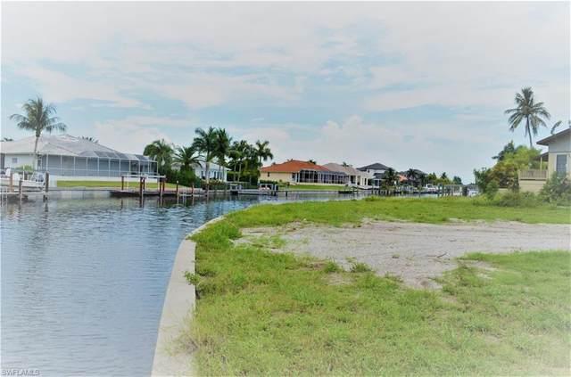 317 Waterleaf Ct, Marco Island, FL 34145 (MLS #220060529) :: Kris Asquith's Diamond Coastal Group