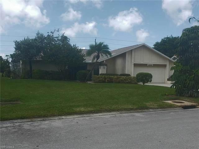1246 Foxfire Ln, Naples, FL 34104 (MLS #220060942) :: Avantgarde