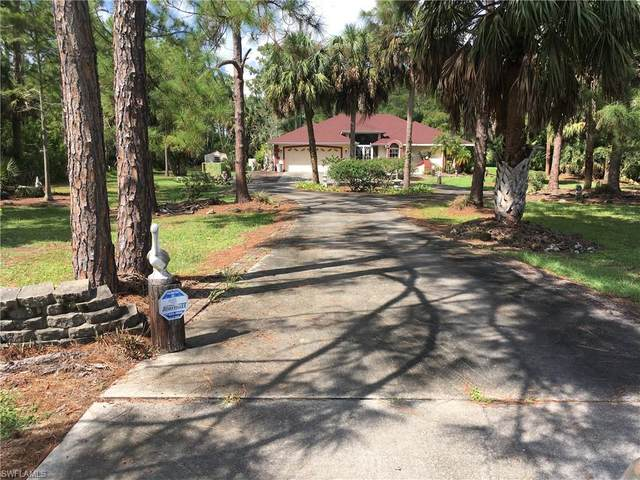 4191 7th Ave NW, Naples, FL 34119 (#220061077) :: Southwest Florida R.E. Group Inc