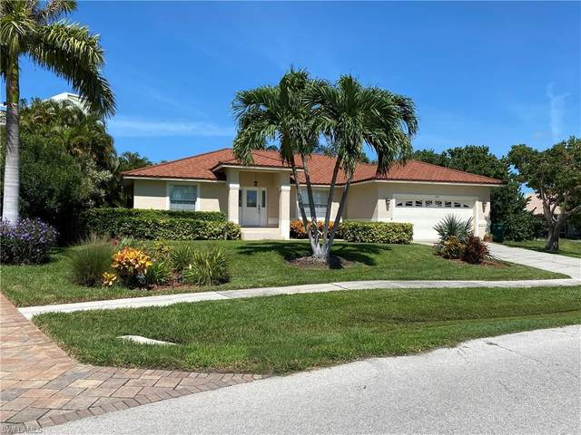 648 Seagrape Dr, Marco Island, FL 34145 (MLS #220061146) :: Dalton Wade Real Estate Group
