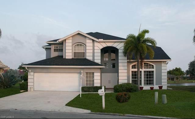 5085 Lochwood Ct, Naples, FL 34112 (MLS #220061248) :: Florida Homestar Team