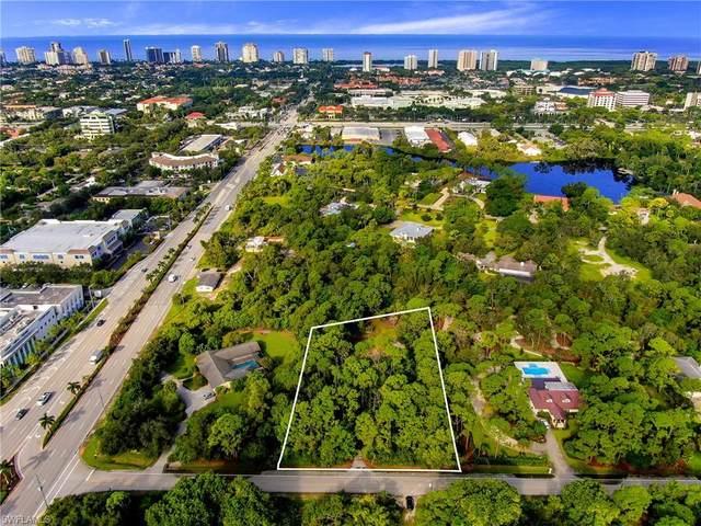 25 East Ave, Naples, FL 34108 (MLS #220061311) :: Florida Homestar Team
